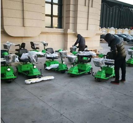 新建哈尔滨站批量采购洁捷驾驶除尘车