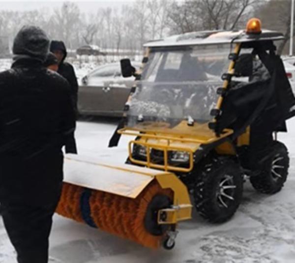 小型除雪车今年更热销!