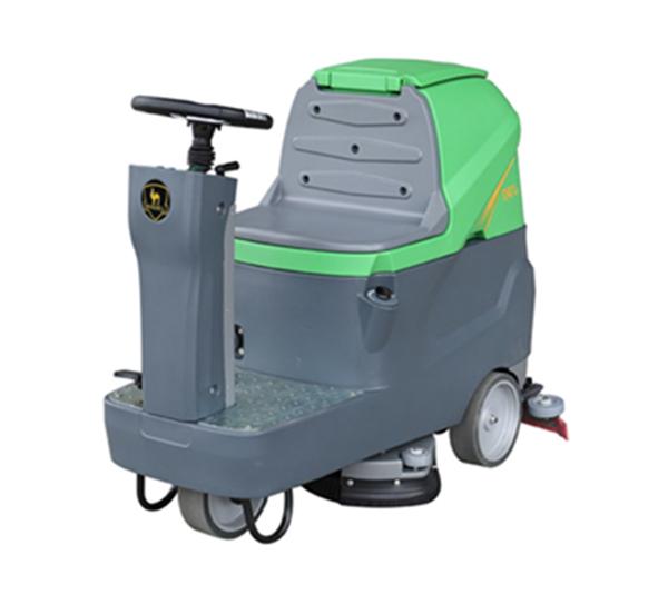 双刷驾驶洗地机