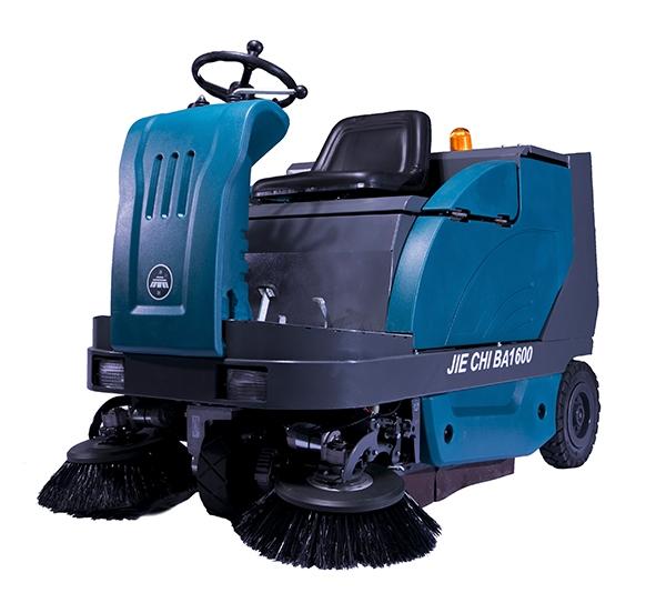 佳木斯驾驶式电瓶扫地机